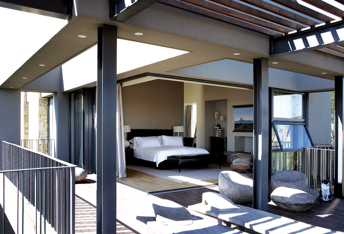 House and Leisure modern joburg home 9