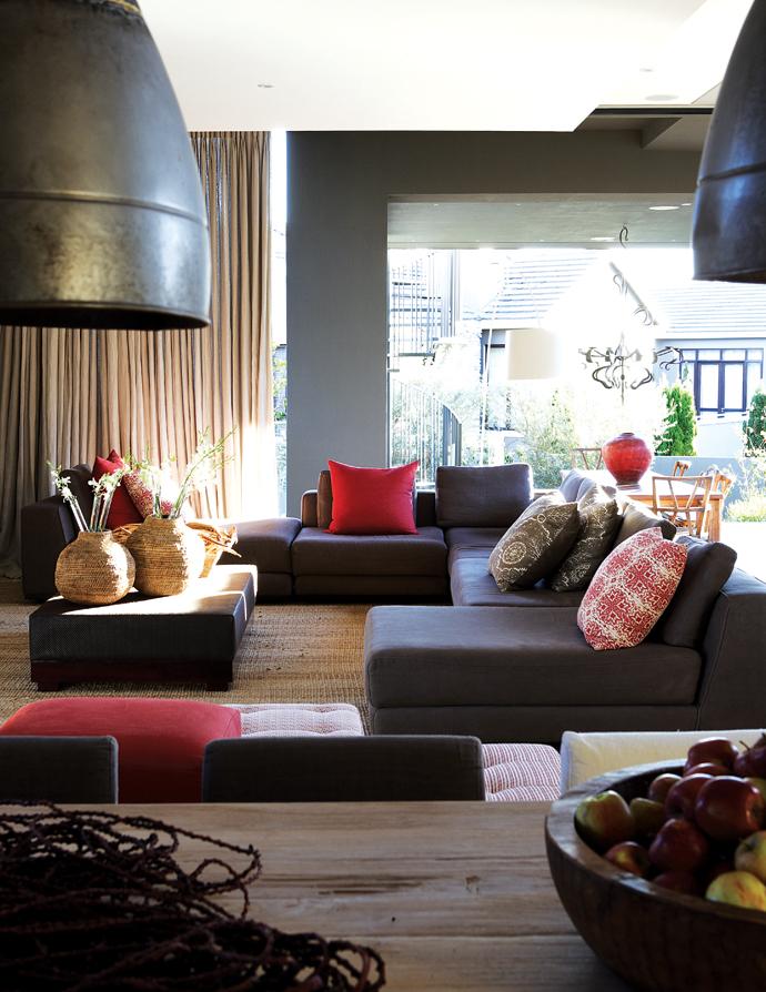 House and Leisure modern joburg home 10