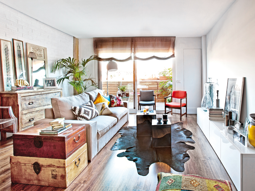 Decordemon mix of styles in a spanish apartment - Cosas de casa muebles ...