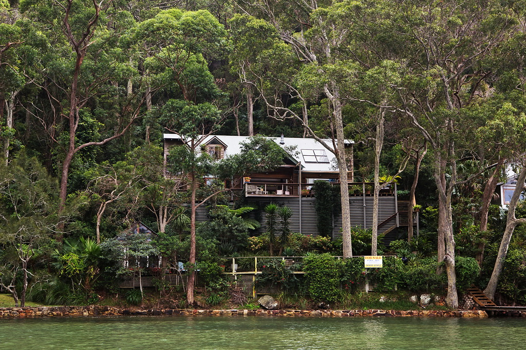 NYTimes House Hunting Near Sydney 1