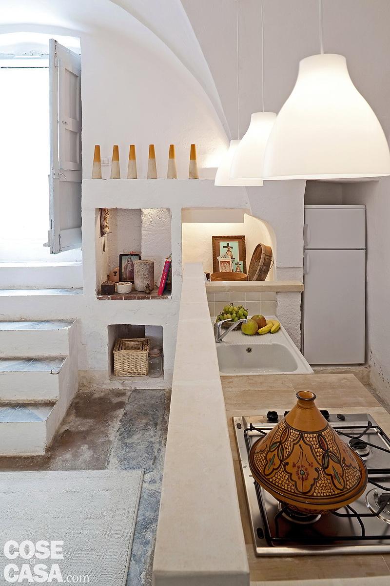 Decordemon a rustic house in puglia italy for Interni abitazioni