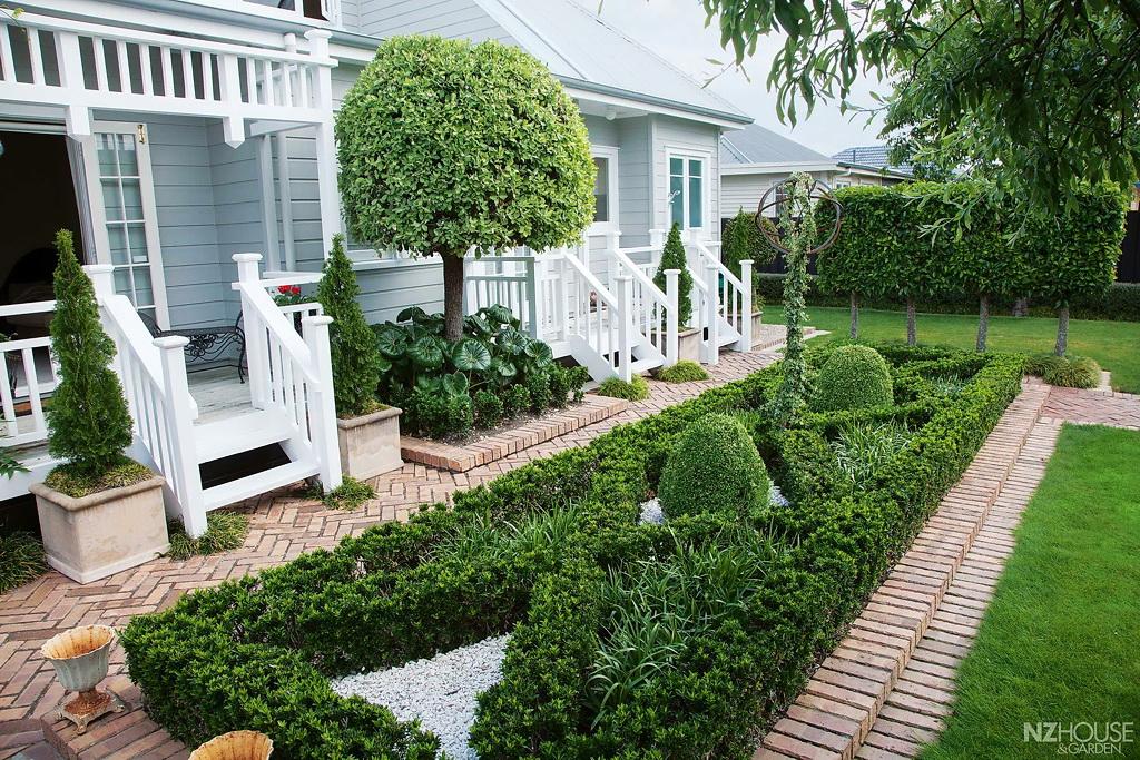 NZ House and Garden McDonnell 2