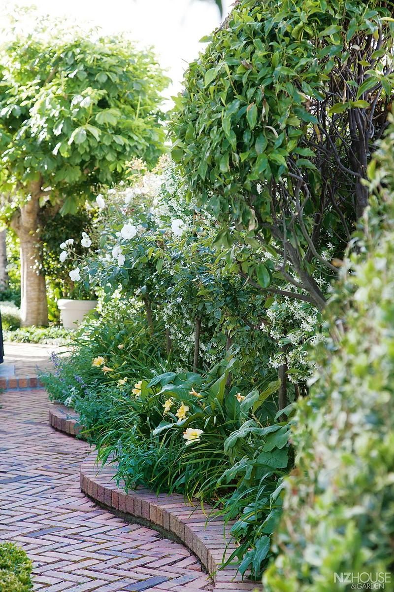 NZ House and Garden McDonnell 7