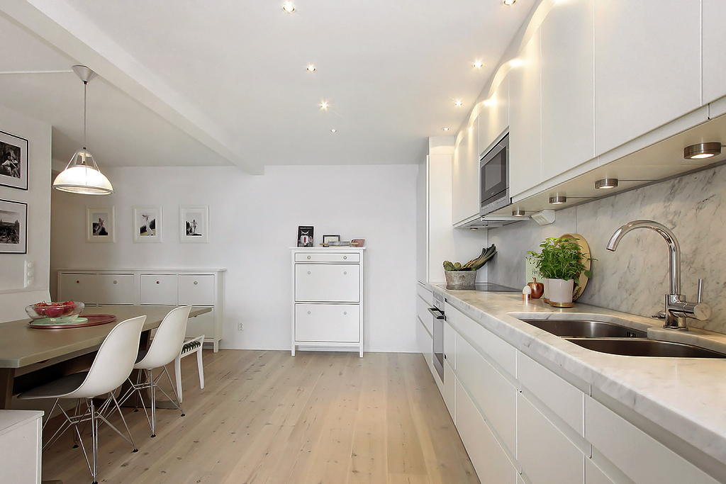 Stebbing house desing loft a doble altura for Color marmol carrara