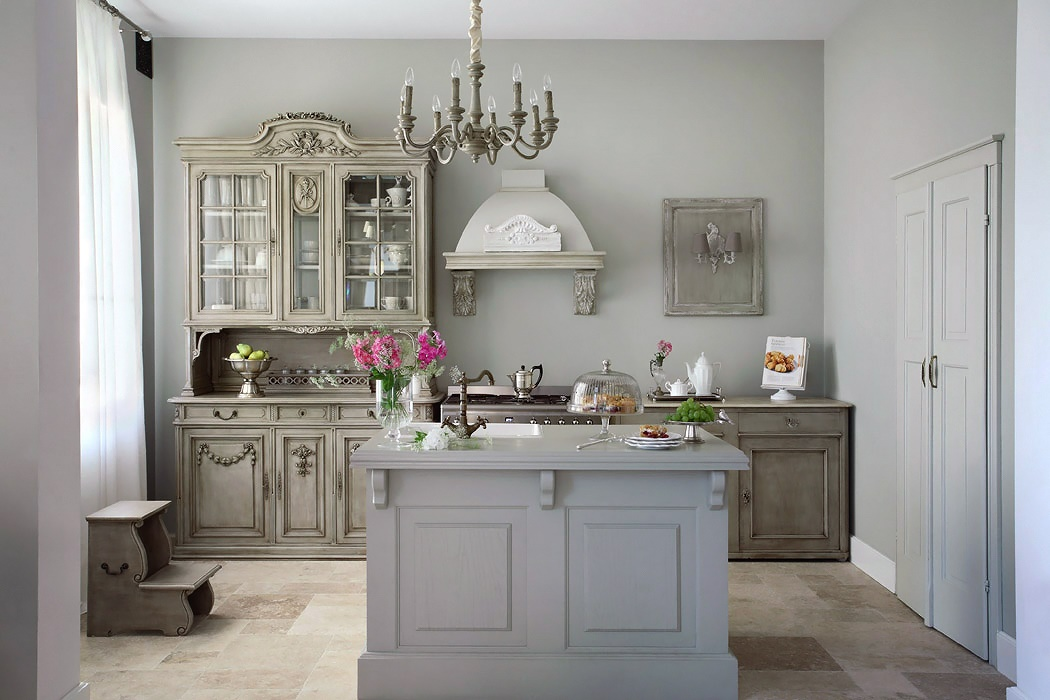 Zsazsa bellagio like no other house beautiful such a - Cuisine gris taupe ...