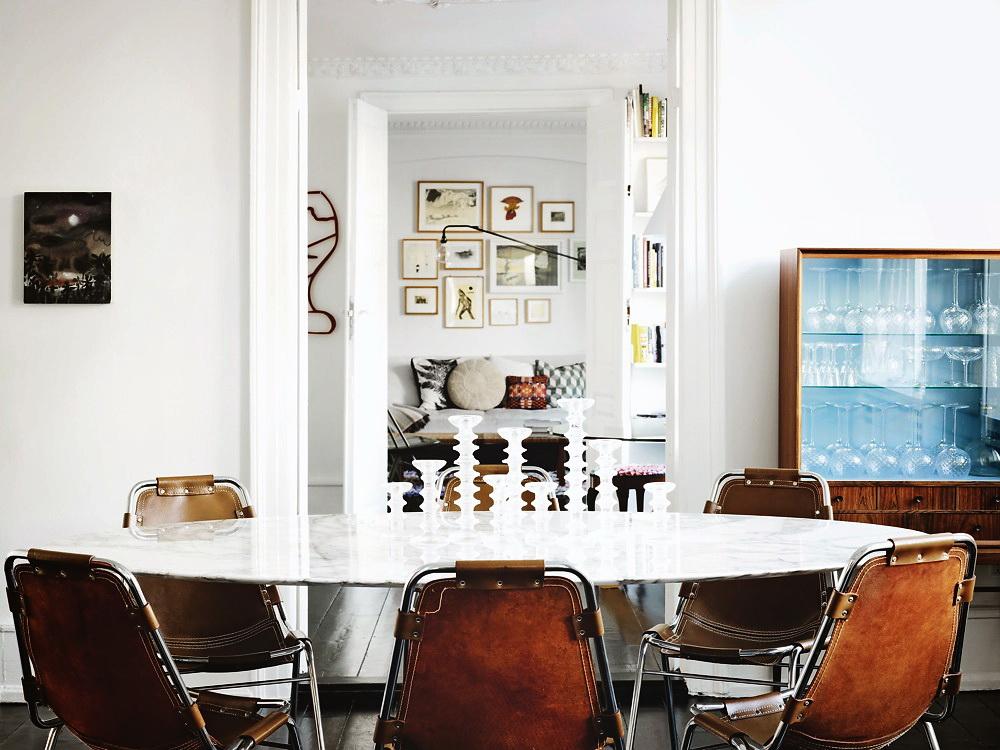 decordemon a designer 39 s beautiful apartment. Black Bedroom Furniture Sets. Home Design Ideas