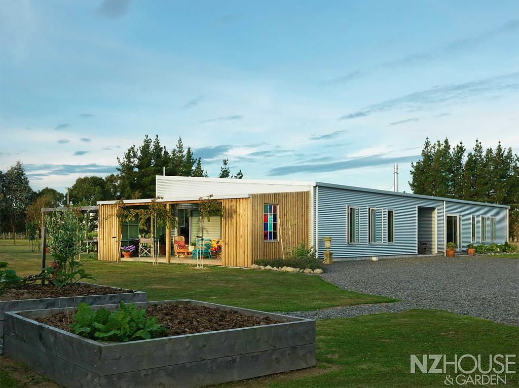 NZ House and Garden Wairarapa 1
