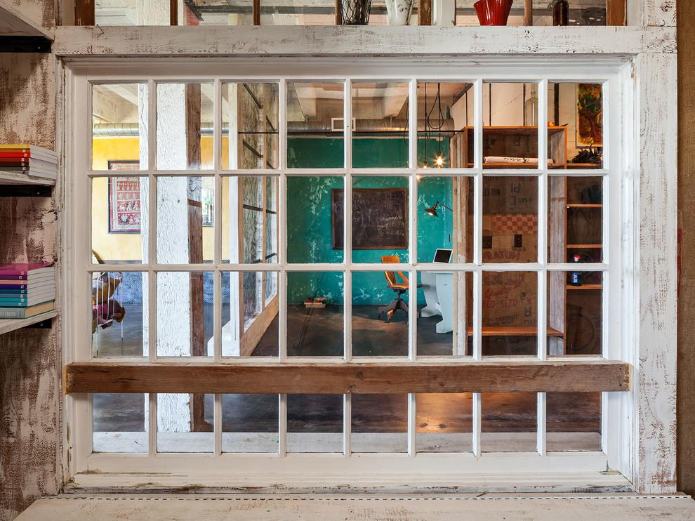 Houzz Amazingly Artful Loft 11
