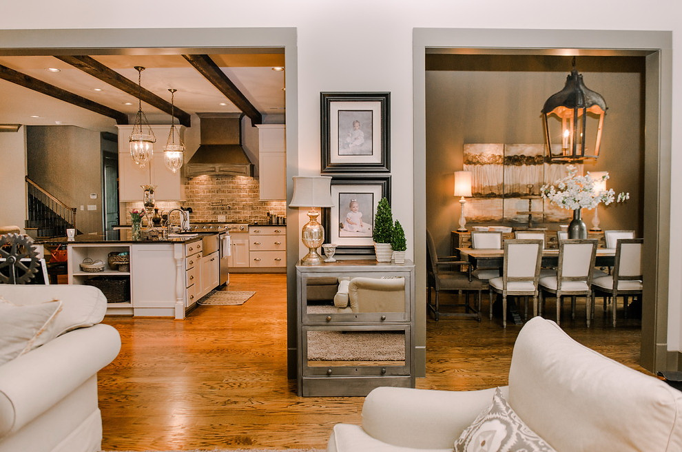 Houzz Better Flow for Feasts and Family in Alabama 1