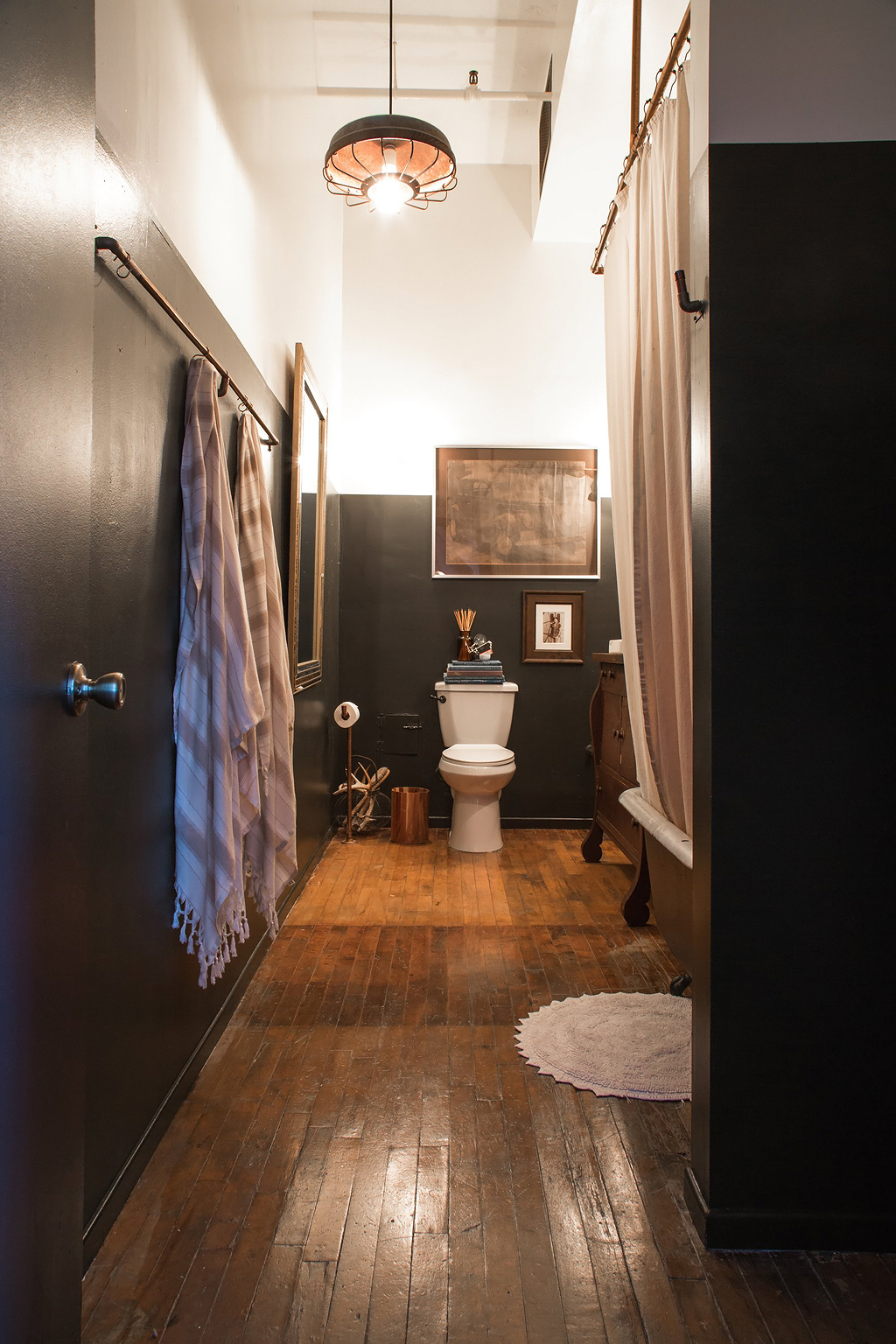 Apartment-Therapy-Arts-District-Loft-14