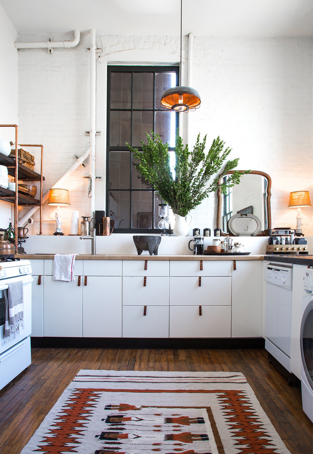 Apartment-Therapy-Arts-District-Loft-16