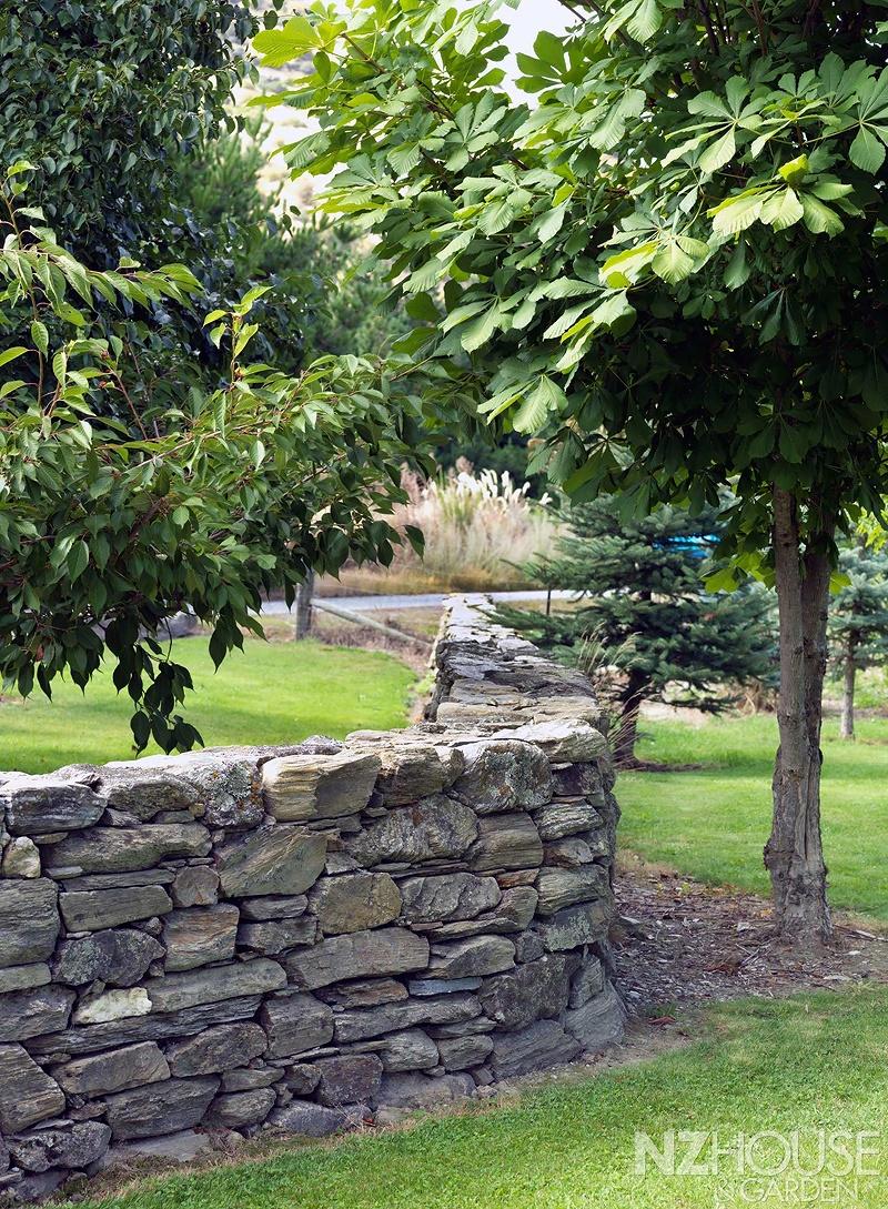 NZ-House-and-Garden-Striking-gold-14