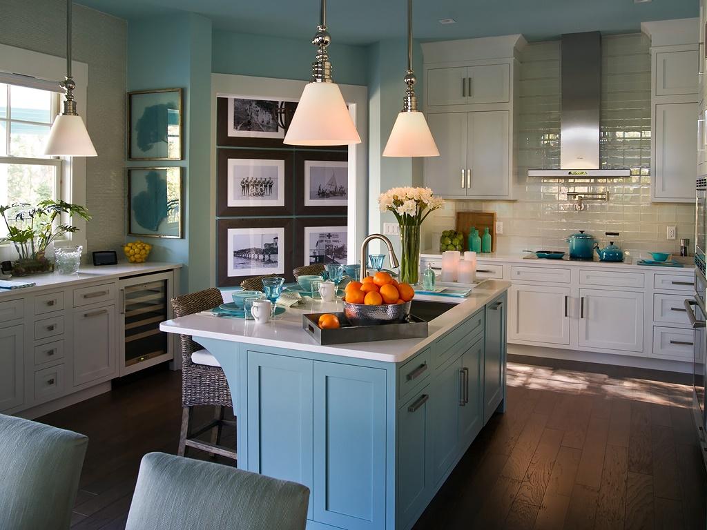 HGTV-Smart-Home-Kitchen-7