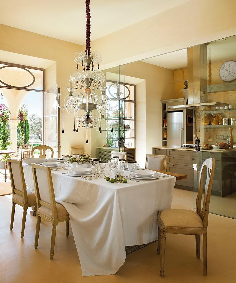 обладаю красивая бежевая кухня фото в испании шустров