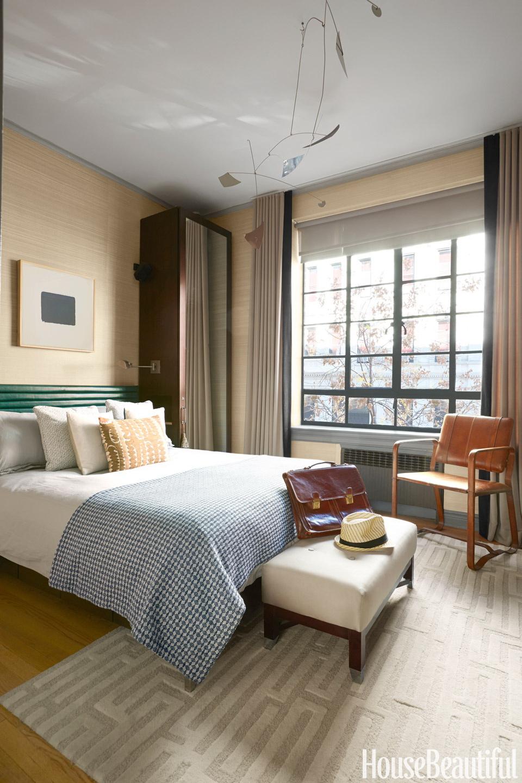 HB Small Manhattan Apartment 10
