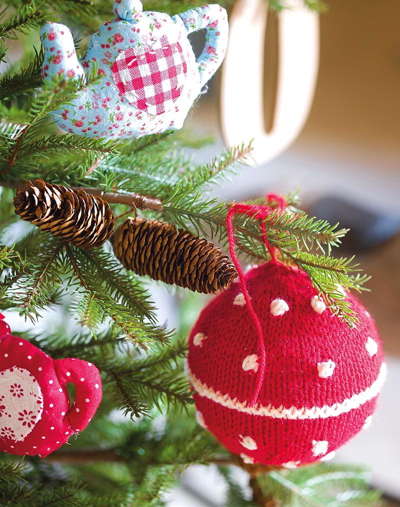 El Mueble Cuento de Navidad en el cuarto de los ninos 12