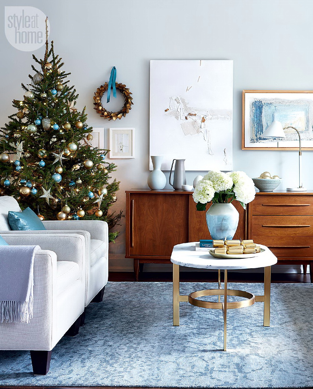 Style At Home Timeless and modern Christmas 1