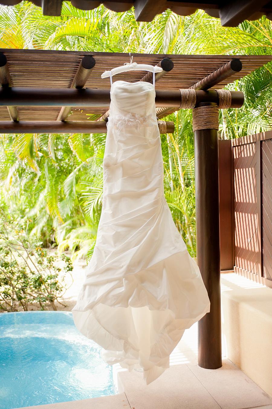 Style Me Pretty Elegant Beach Wedding in Punta Mita, Mexico 2