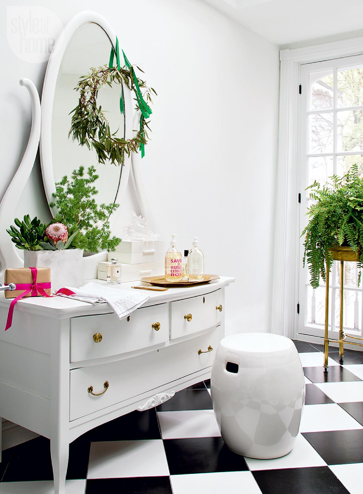 Style At Home Bright and bohemian holiday 9
