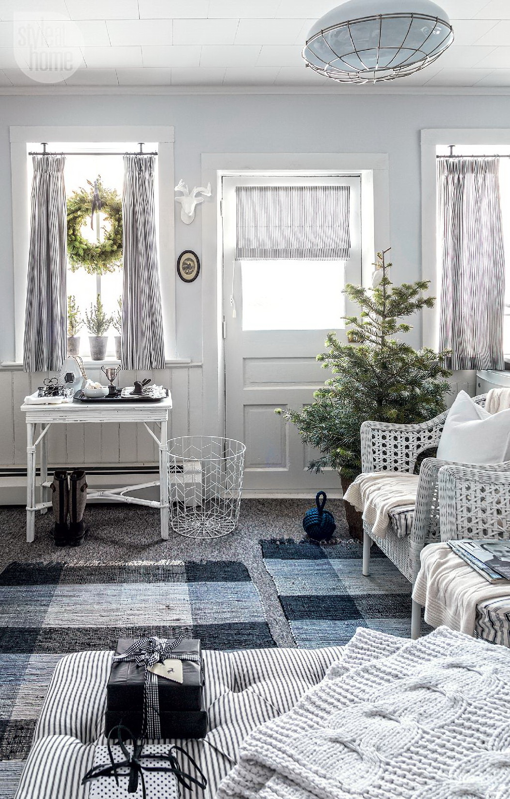 Style At Home Rustic Nordic holiday style 5