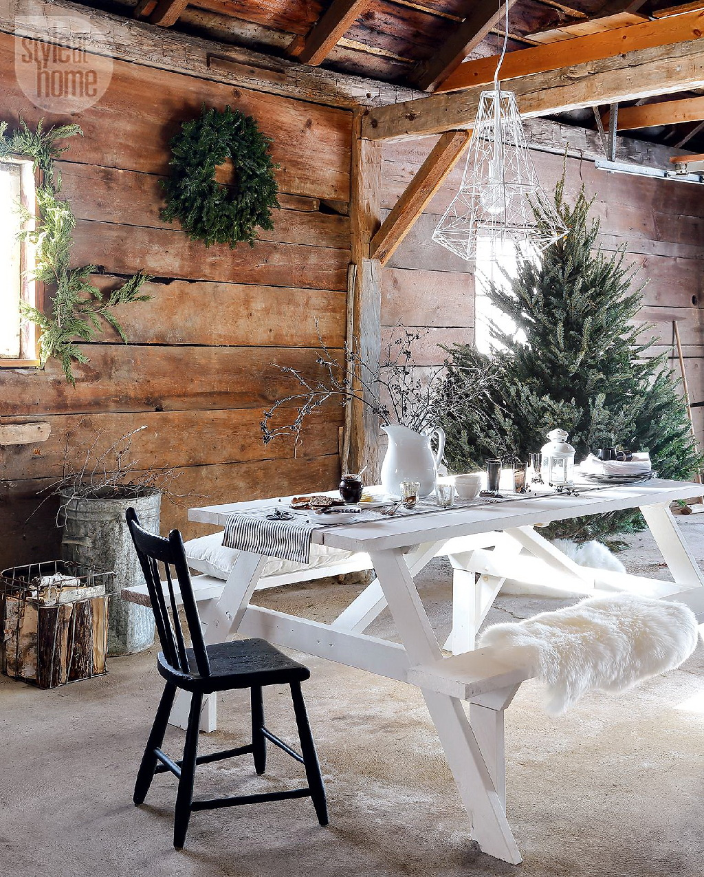 Style At Home Rustic Nordic holiday style 6