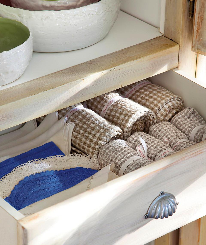 El Mueble Organiza el vajillero todo a mano y bien ordenado 4