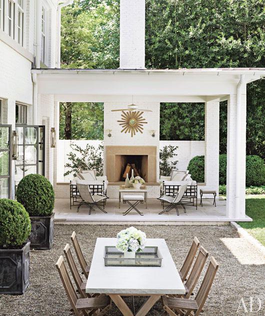 suzanne-kasler-atlanta-house-17-terrace-lg