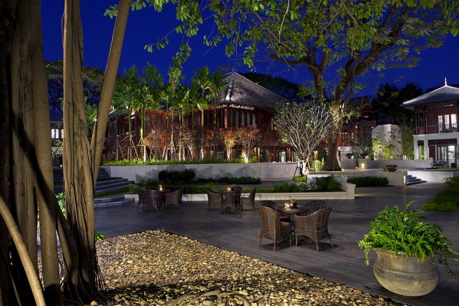 Отель в Тайланде 137 Pillars House 4