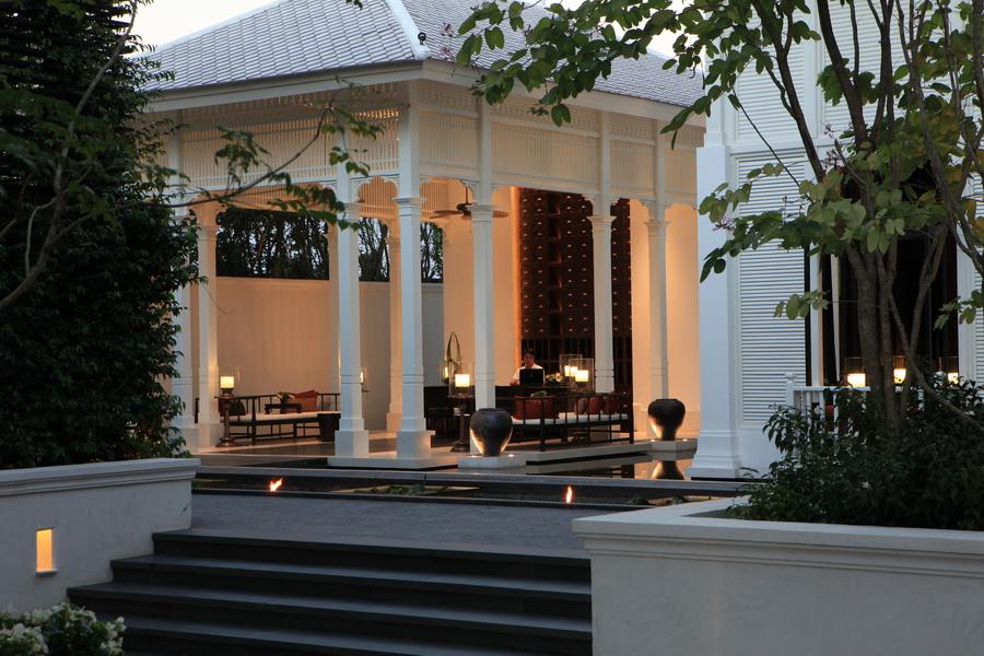 Отель в Тайланде 137 Pillars House 6