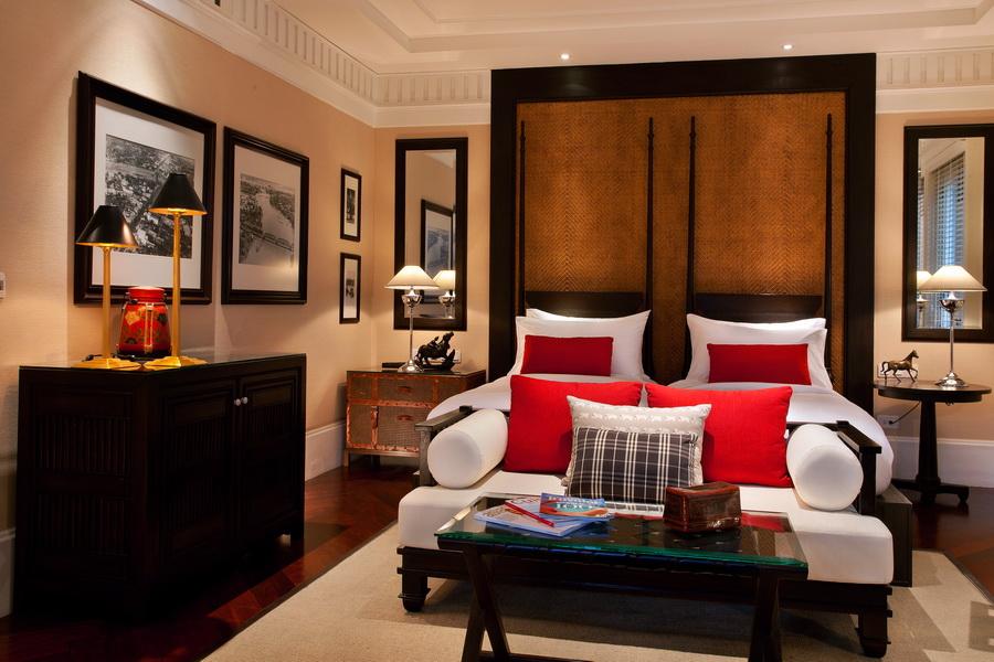 Отель в Тайланде 137 Pillars House 11