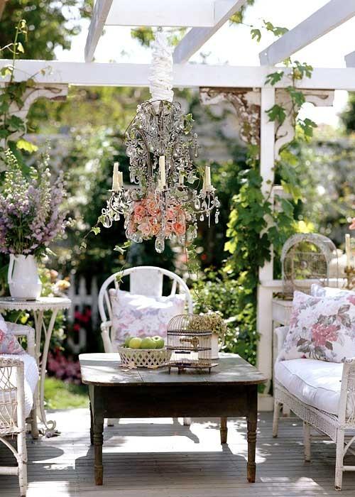outdoor_space_outdoor_lounge_living_room_chandelie