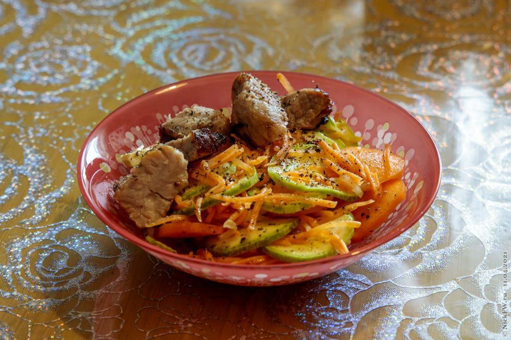 6. Салат из свежих кабачков и моркови © NickFW.ru — 11.04.2021г.