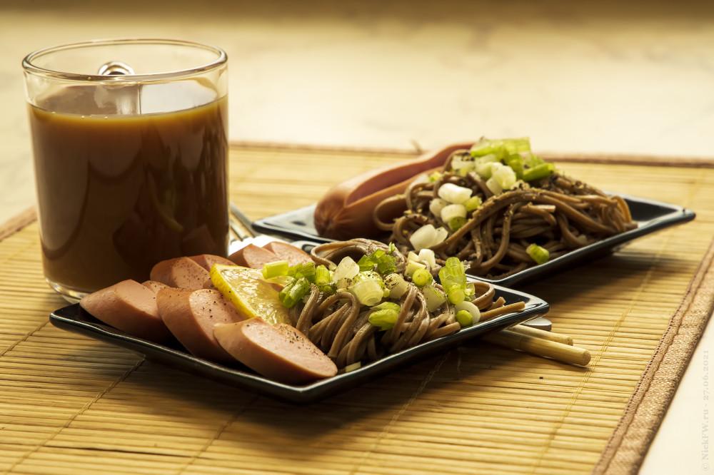 2. Завтрак отварными сосисками и Собой © NickFW.ru — 27.06.2021г.