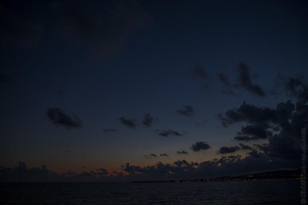 Закат, опять над тонким мысом... © NickFW.ru — 20.08.2021г.