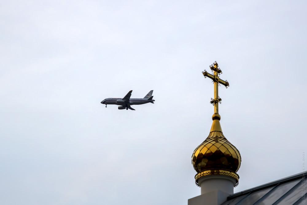 Sukhoi SuperJet 100-95B — №RA-89040 — © NickFW.ru — 12.10.2021г.