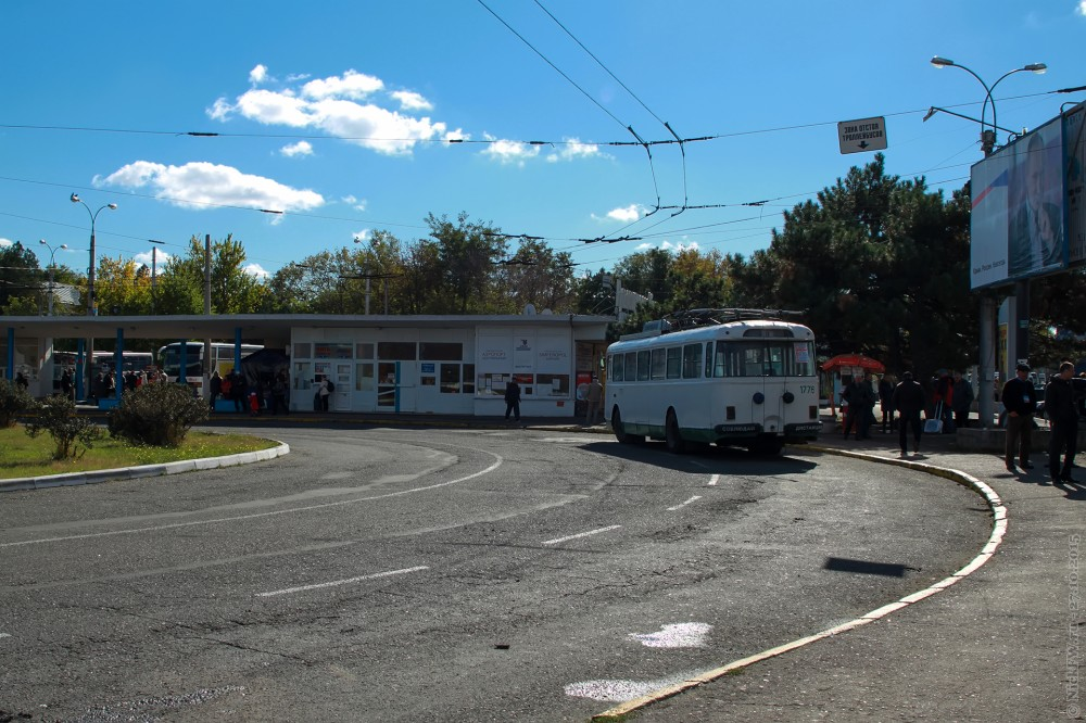 Троллейбус №9 © NickFW.ru — 27.10.2015г.