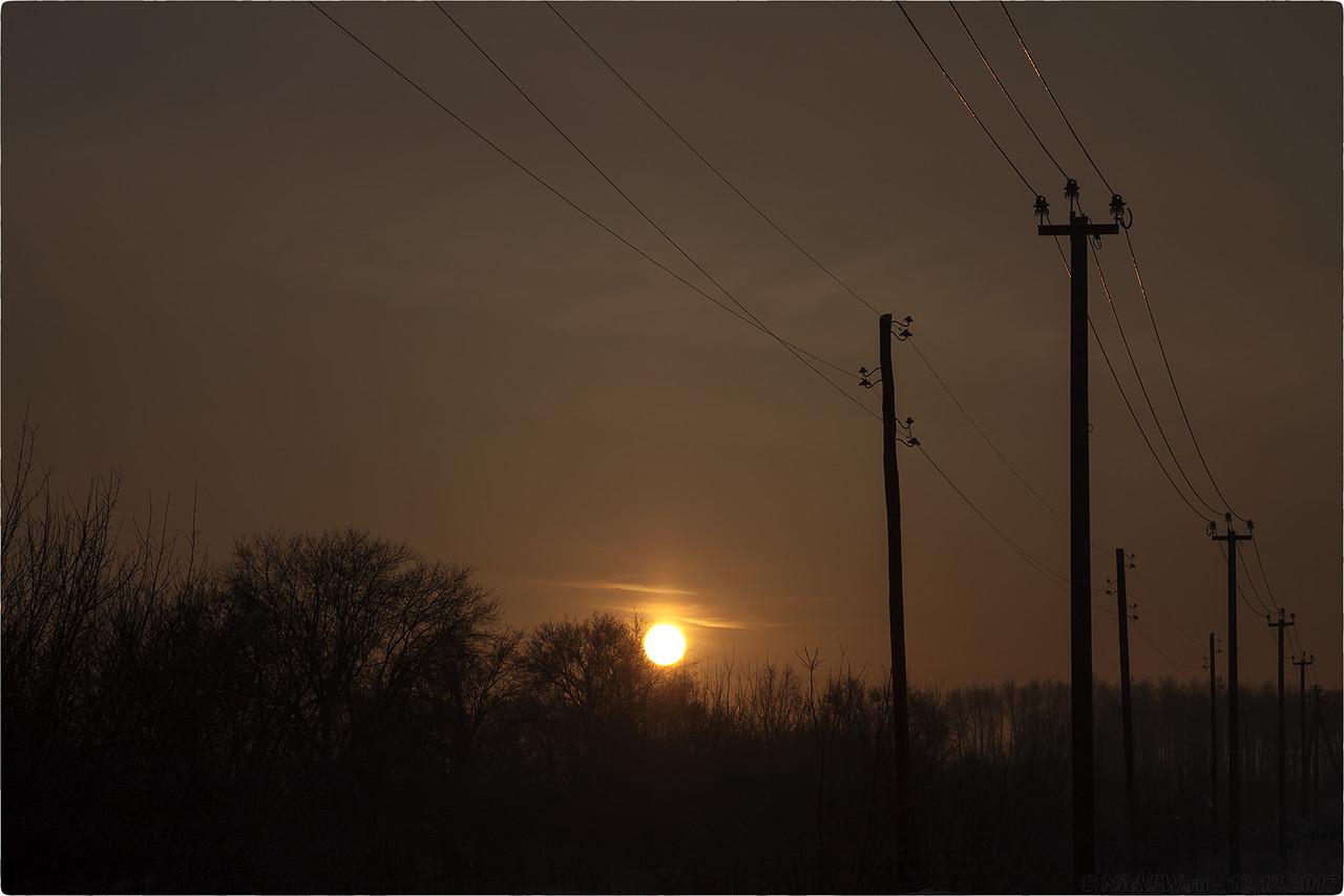 Закат на окраинах южного [© NickFW - 12.12.2017]