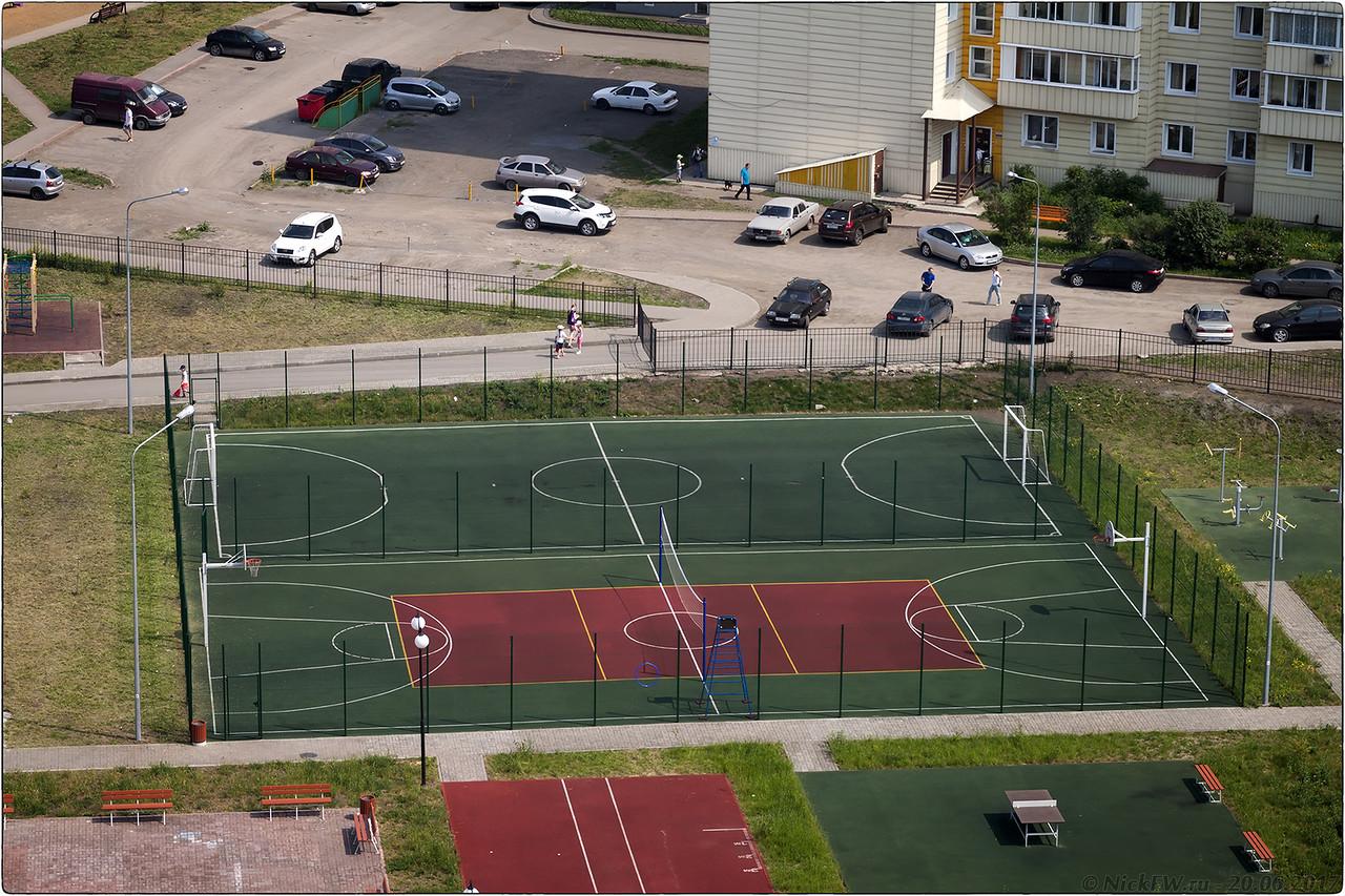 Спорт площадки Школы №78 [© NickFW - 20.06.2017]