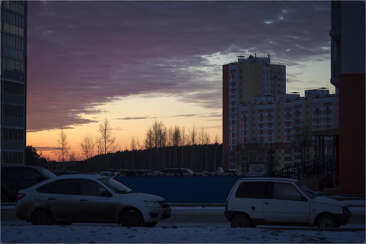 Рассвет в ЖК Юность [© NickFW - 01.11.2017]