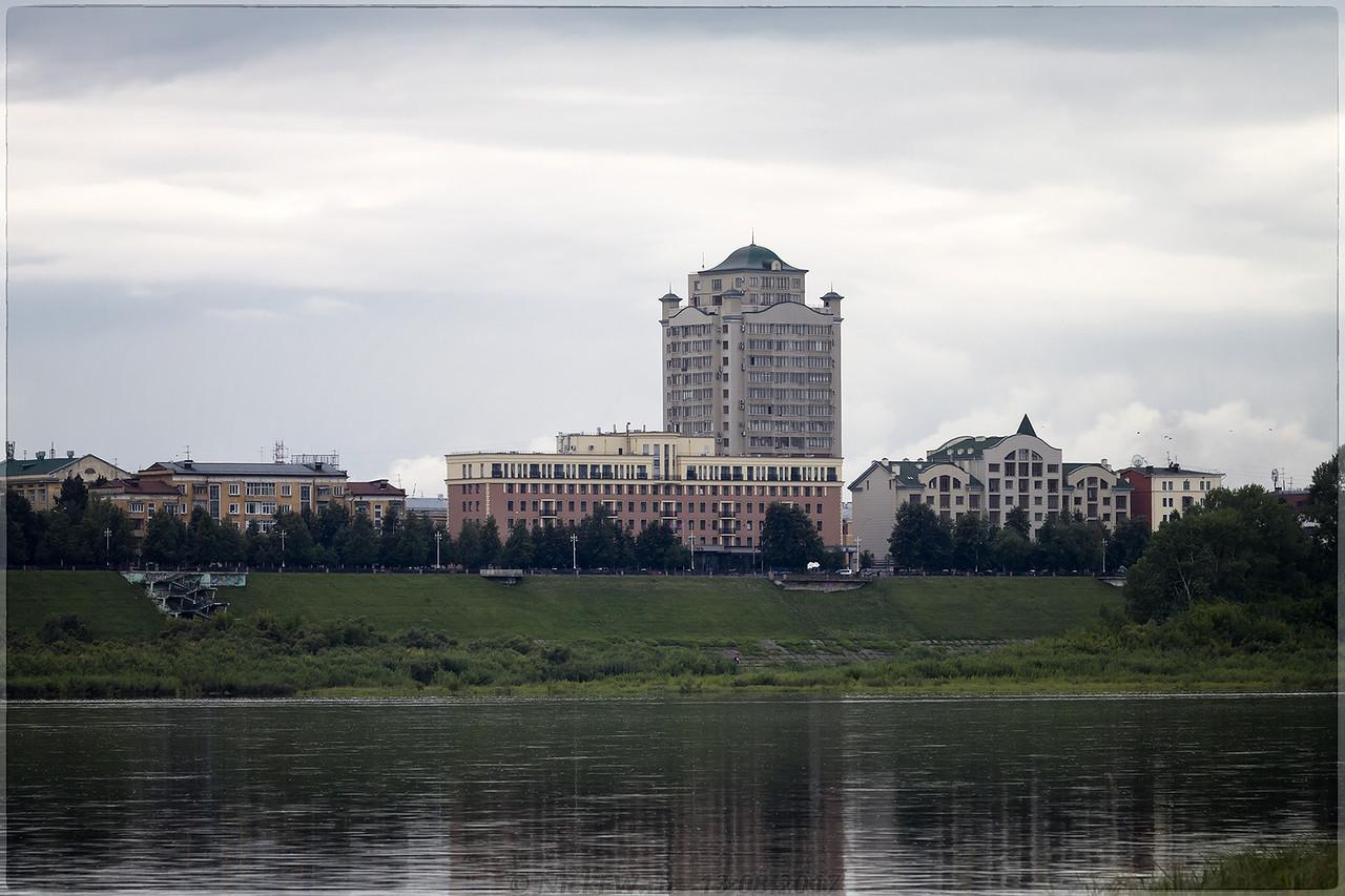 ЖК Томский причал и гостиница Томь [© NickFW - 13.08.2017]