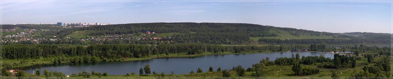 панорама Красного озера (© NickFW - 15.06.2017)