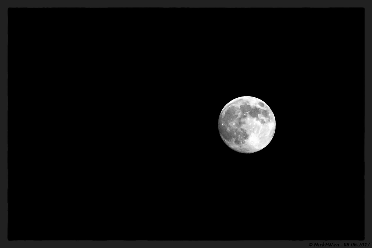 Луна (© NickFW - 08.06.2017)
