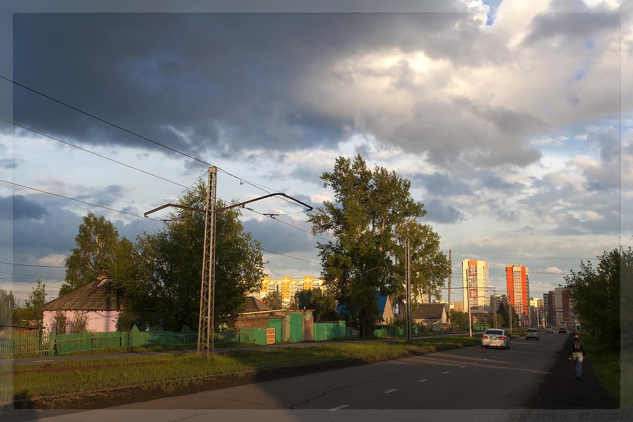 ул. Ракитянского в сторону пр. Шахтеров (© NickFW - 01.06.2017)