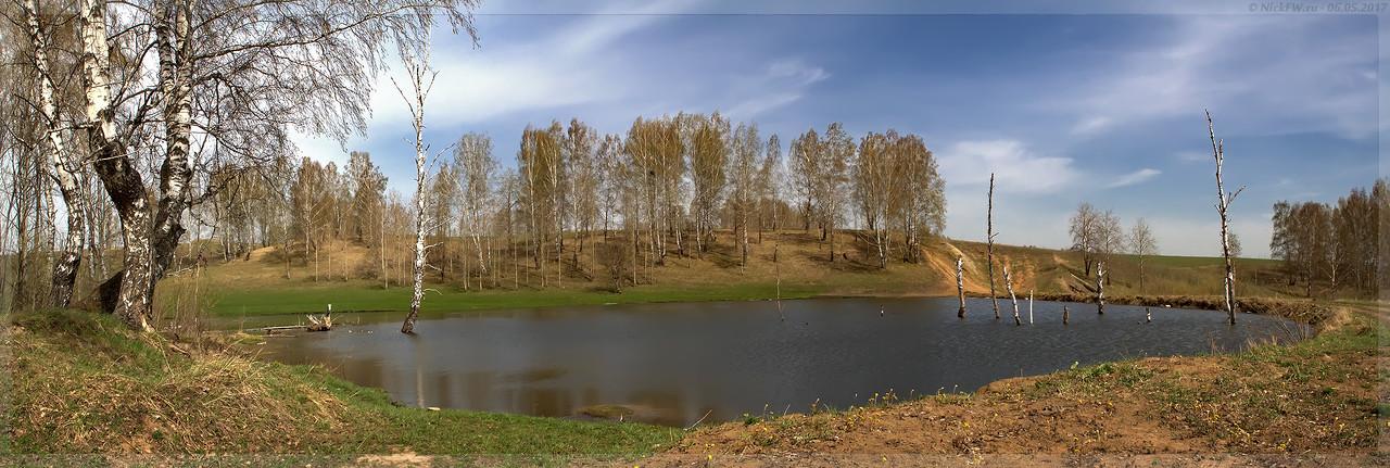 Пруд на безымянном правом притоке Люскуса (© NickFW - 06.05.2017)