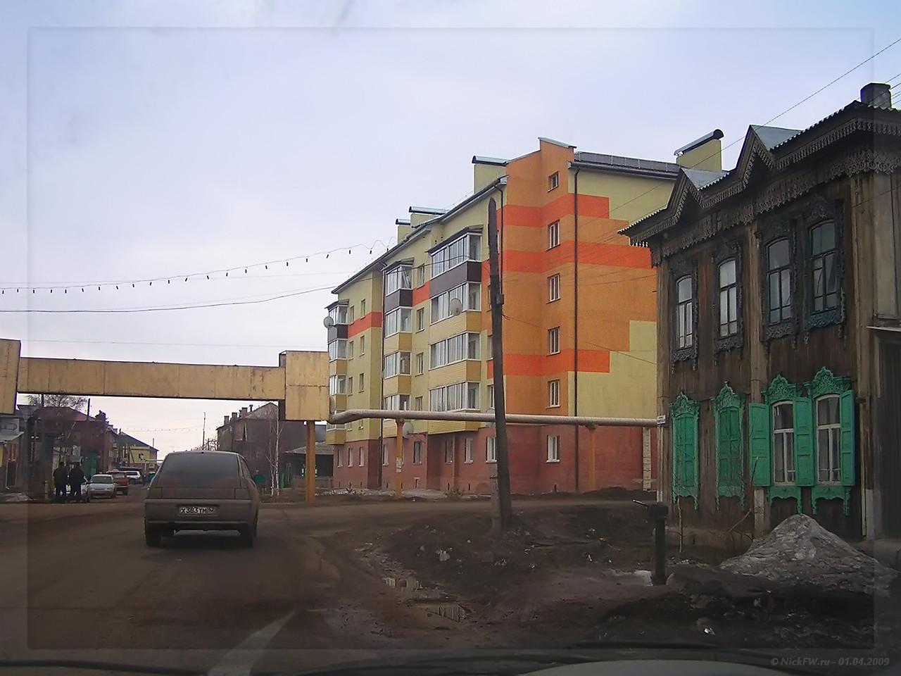 Угол Советской и Карла Маркса - Мариинск (© NickFW - 01.04.2009)