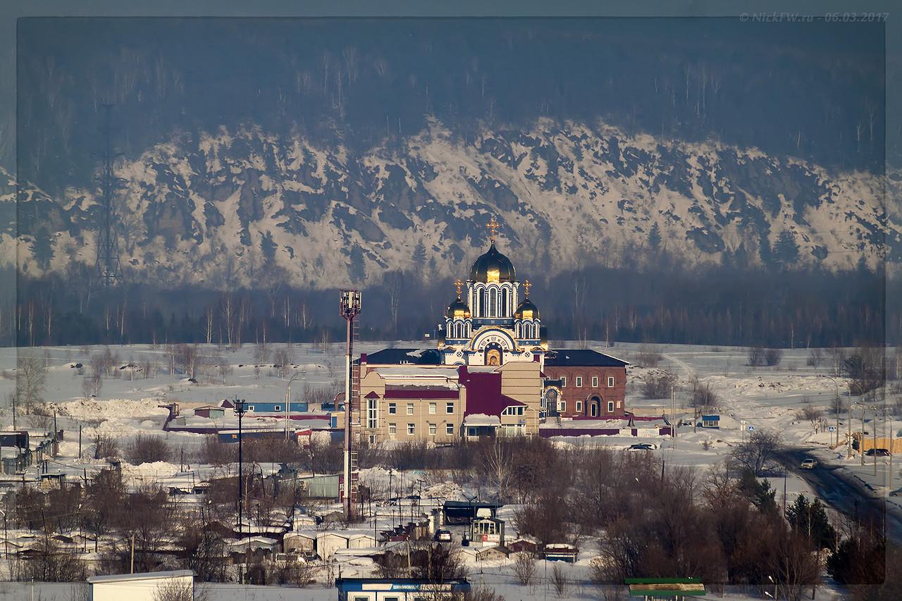 Вид на Храм Казанской иконы Божией Матери (© NickFW - 06.03.2017)