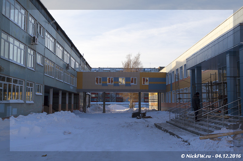 Переход между корпусами Школа №34 (© NickFW - 04.12.2016)