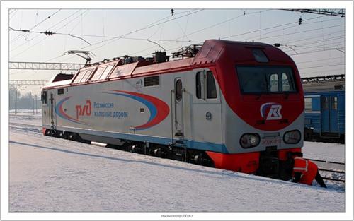Электровоз ЭП2К (Кемерово 2010-02-12)