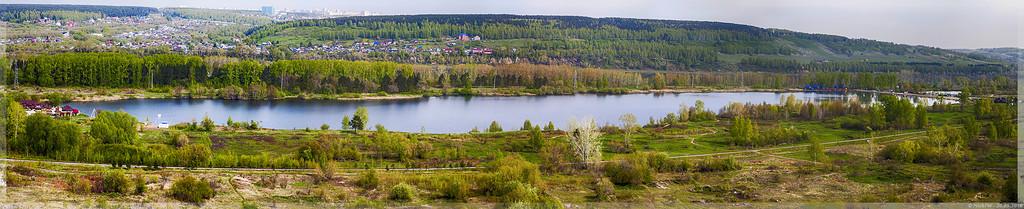 Панорама красного озера (© NickFW 20.05.2016)