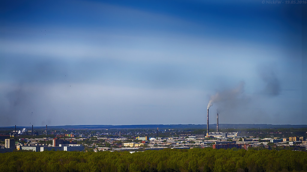 Вид на заводский район (© NickFW - 19.05.2016)